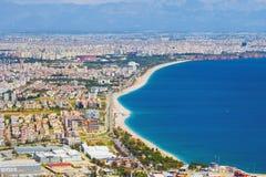 Εναέρια άποψη της δημοφιλούς πόλης Antalya, Τουρκία παραθαλάσσιων θερέτρων Στοκ Φωτογραφία
