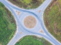 Εναέρια άποψη της διασταύρωσης κυκλικής κυκλοφορίας Στοκ Φωτογραφία