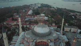 Εναέρια άποψη της Ιστανμπούλ, Τουρκία Hagia Sophia και μπλε μουσουλμανικό τέμενος στην πλατεία Sultanahmet φιλμ μικρού μήκους