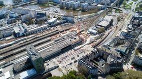 Εναέρια άποψη της κατασκευής του νέου σιδηροδρομικού σταθμού της Νάντης στοκ φωτογραφίες