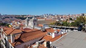 Εναέρια άποψη της κεντρικής Λισσαβώνας με τις κόκκινες στέγες κεραμιδιών στοκ φωτογραφία με δικαίωμα ελεύθερης χρήσης