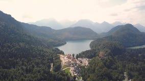 Εναέρια άποψη της λίμνης Alpsee φιλμ μικρού μήκους