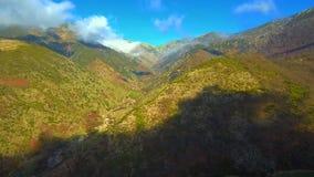 Εναέρια άποψη της οροσειράς de Gredos στο Λα Βέρα, Εστρεμαδούρα Ισπανία φιλμ μικρού μήκους