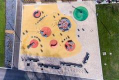 Εναέρια άποψη της παιδικής χαράς νερού διασκέδασης το καλοκαίρι πάρκων Στοκ εικόνα με δικαίωμα ελεύθερης χρήσης