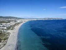 Εναέρια άποψη της παραλίας Bossa κρησφύγετων Playa, ibiza Ισπανία στοκ εικόνα