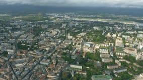Εναέρια άποψη της περιοχής αερολιμένων της Γενεύης, Ελβετία απόθεμα βίντεο