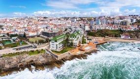 _ Εναέρια άποψη της πόλης των ακτών και των οδών Ericeira στοκ εικόνες με δικαίωμα ελεύθερης χρήσης