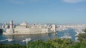 Εναέρια άποψη της πόλης της Μασσαλίας, Γαλλία απόθεμα βίντεο
