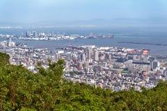 Εναέρια άποψη της πόλης του Kobe και του νησιού λιμένων του Kobe από το υποστήριγμα Rokk Στοκ Φωτογραφία