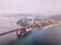 Εναέρια άποψη της χρυσής γέφυρας πυλών στο Σαν Φρανσίσκο Στοκ Φωτογραφία