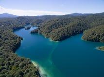 Εναέρια άποψη της όμορφης φύσης στο εθνικό πάρκο λιμνών Plitvice, Κροατία Στοκ εικόνες με δικαίωμα ελεύθερης χρήσης