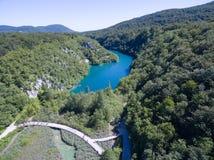 Εναέρια άποψη της όμορφης φύσης στο εθνικό πάρκο λιμνών Plitvice, Κροατία Στοκ Φωτογραφίες