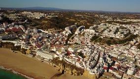 Εναέρια άποψη τουριστικού Albufeira, Αλγκάρβε, Πορτογαλία απόθεμα βίντεο