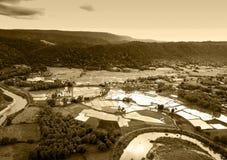Εναέρια άποψη του αναδρομικού τόνου ύφους αγροτικών χωριών Στοκ Εικόνα