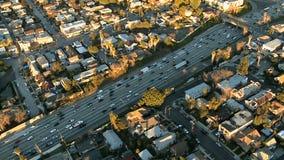 Εναέρια άποψη του αυτοκινητόδρομου/της εθνικής οδού/των προαστίων του Λος Άντζελες - συνδετήρας 2 απόθεμα βίντεο