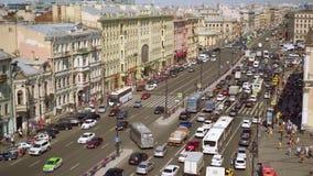 Εναέρια άποψη του για τους πεζούς περάσματος της προοπτικής Ligovsky, σιδηροδρομικός σταθμός της Μόσχας απόθεμα βίντεο