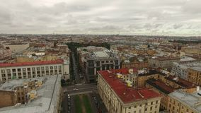 Εναέρια άποψη του ιστορικού κέντρου της Άγιος-Πετρούπολης απόθεμα βίντεο