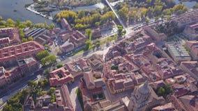 Εναέρια άποψη του ιστορικού καθεδρικού ναού σε Σαλαμάνκα, την Καστίλλη και το Leon, Ισπανία απόθεμα βίντεο