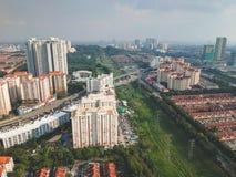 Εναέρια άποψη του κατοικημένου δήμου Bandar Utama που βρίσκεται μέσα στο subdivisi Damansara στοκ φωτογραφία με δικαίωμα ελεύθερης χρήσης