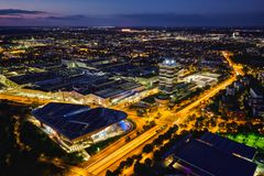 Εναέρια άποψη του μουσείου της BMW και της μπορντούρας και του εργοστασίου BWM Μόναχο, μικρόβιο Στοκ φωτογραφίες με δικαίωμα ελεύθερης χρήσης