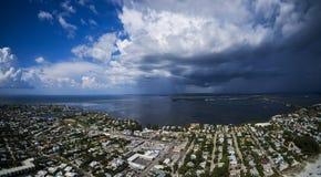 Εναέρια άποψη του νησιού της Anna Μαρία Στοκ Εικόνες