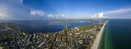 Εναέρια άποψη του νησιού της Anna Μαρία Στοκ Φωτογραφία
