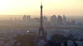 Εναέρια άποψη του ορίζοντα του Παρισιού απόθεμα βίντεο