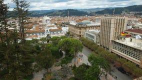 Εναέρια άποψη του πάρκου Abdon Calderon στο ιστορικό κέντρο της πόλης Cuenca Στοκ εικόνες με δικαίωμα ελεύθερης χρήσης