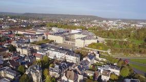 Εναέρια άποψη του παλατιού Compiegne και της πόλης η ίδια, Γαλλία απόθεμα βίντεο