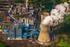 Εναέρια άποψη του σταθμού παραγωγής ηλεκτρικού ρεύματος Στοκ εικόνες με δικαίωμα ελεύθερης χρήσης