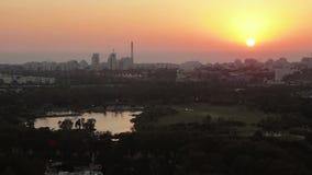 Εναέρια άποψη του Τελ Αβίβ στο ηλιοβασίλεμα φιλμ μικρού μήκους