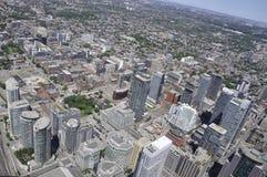 Εναέρια άποψη του Τορόντου από τον καναδικό εθνικό πύργο Στοκ Φωτογραφίες