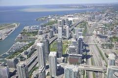 Εναέρια άποψη του Τορόντου από τον καναδικό εθνικό πύργο Στοκ Εικόνες