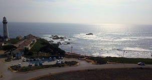Εναέρια άποψη του φάρου σημείου περιστεριών σε Καλιφόρνια φιλμ μικρού μήκους