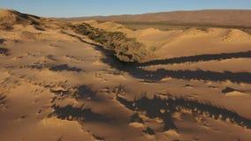 Εναέρια άποψη των αμμόλοφων άμμου - Νότια Αφρική απόθεμα βίντεο