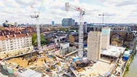 Εναέρια άποψη των γερανών εργοτάξιων οικοδομής Στοκ Εικόνες