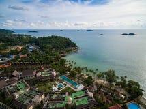Εναέρια άποψη των θερέτρων και των ξενοδοχείων Koh Chang, Ταϊλάνδη Στοκ Εικόνες