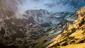 Εναέρια άποψη των λιμνών υψηλών στο βουνό Στοκ Φωτογραφίες