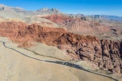 Εναέρια άποψη των κόκκινων βράχων στο κόκκινο φαράγγι βράχου, Νεβάδα στοκ φωτογραφία