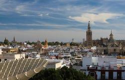 Εναέρια άποψη των στεγών και του καθεδρικού ναού της Σεβίλης, Ανδαλουσία, Ισπανία στοκ εικόνα με δικαίωμα ελεύθερης χρήσης