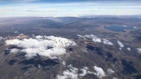 Εναέρια άποψη Arequipa από το αεροπλάνο στο Περού Στοκ εικόνες με δικαίωμα ελεύθερης χρήσης