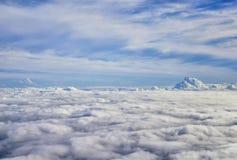 Εναέρια άποψη Cloudscape πέρα από midwest τα κράτη στην πτήση πέρα από το Κολοράντο, το Κάνσας, το Μισσούρι, το Ιλλινόις, τη Ιντι στοκ φωτογραφία με δικαίωμα ελεύθερης χρήσης