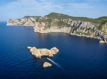 Εναέρια άποψη Ses Margalides, Ibiza Ισπανία στοκ φωτογραφία