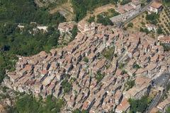 Εναέρια εικόνα της κωμόπολης Artena στη μητροπολιτική πόλη του Ρ Στοκ φωτογραφίες με δικαίωμα ελεύθερης χρήσης