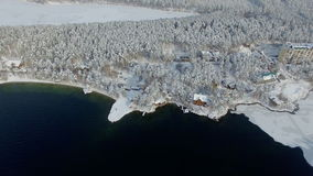 Εναέρια επαρχία άποψης στην όμορφη φύση στο χειμώνα φιλμ μικρού μήκους