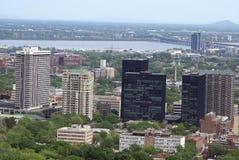 Εναέρια πανοραμική άποψη της πόλης του Μόντρεαλ στον Καναδά Στοκ φωτογραφία με δικαίωμα ελεύθερης χρήσης
