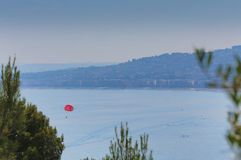 Εναέρια προοπτική της θάλασσας, του φάρου και της Νίκαιας από το απόρριμμα Στοκ εικόνες με δικαίωμα ελεύθερης χρήσης