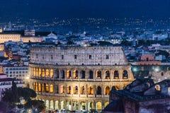 Εναέρια σκηνή νύχτας άποψης Coliseum, Ρώμη Στοκ Φωτογραφία