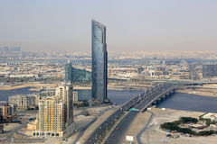 Εναέρια φωτογραφία άποψης γεφυρών επιχειρησιακών κόλπων πύργων του Ντουμπάι D1 Στοκ Φωτογραφίες