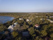 Εναέρια χαμηλή άποψη γωνίας της πόλης Beaufort, νότος Caroli στοκ φωτογραφίες